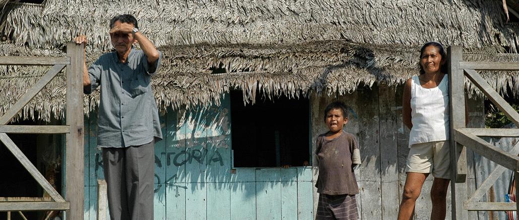 Kleinbauern am Ufer des Amazonas